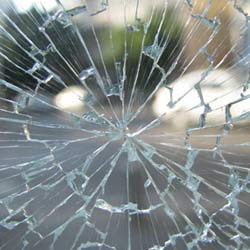 Need a 24Hr Emergency Glazier in Surrey Quays SE16 or across South East London?