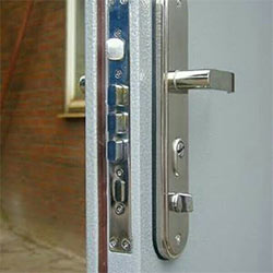 Different Types of Multipoint Lock Specialists in Bedford Park W4